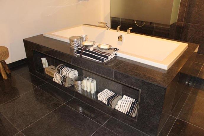 Badkamer idee badkamer ontwerp idee n voor uw huis samen met meubels die het aanvullen - Lay outs huis idee ...