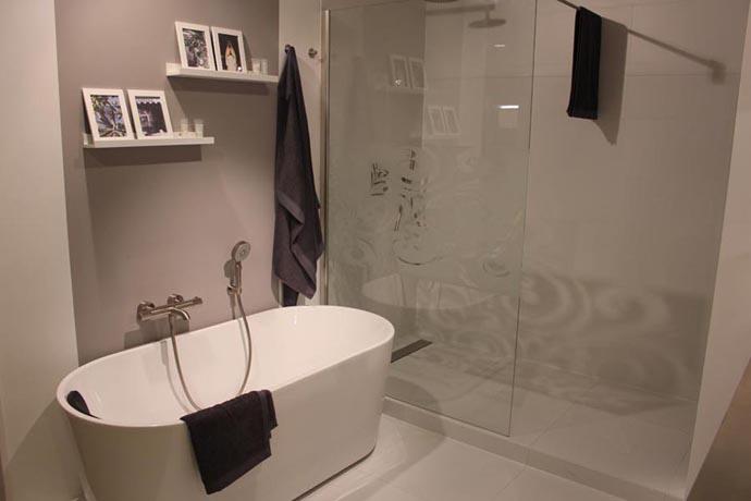 Badkamer idee badkamer ontwerp idee n voor uw huis samen met meubels die het aanvullen - Idee badkamer m ...